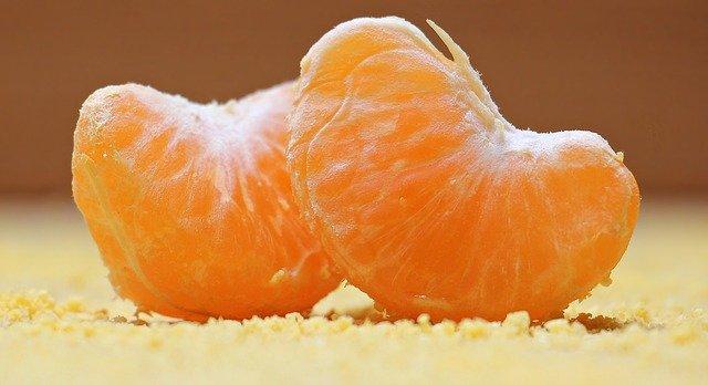 oranges sliced